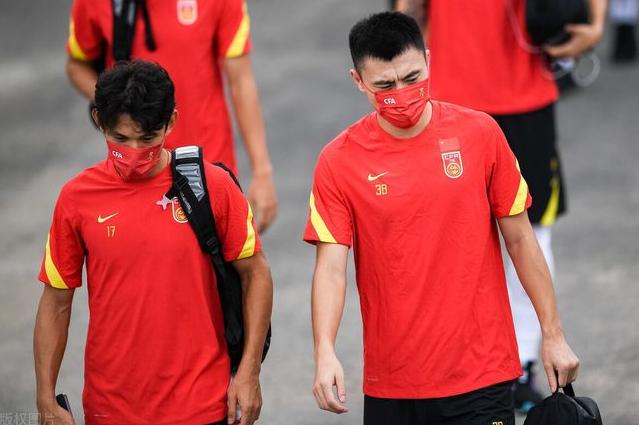 国足必须拿3分!越南网友:你们应该组建一支全员巴西归化球队