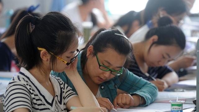"""新高考模式或将迎来""""新变化"""",3+1+2改为3+2+1,高考生需了解!"""