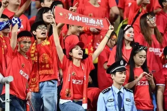 送越南三连败?面对越媒的疯狂嘲讽,国足能让他们彻底闭嘴吗?