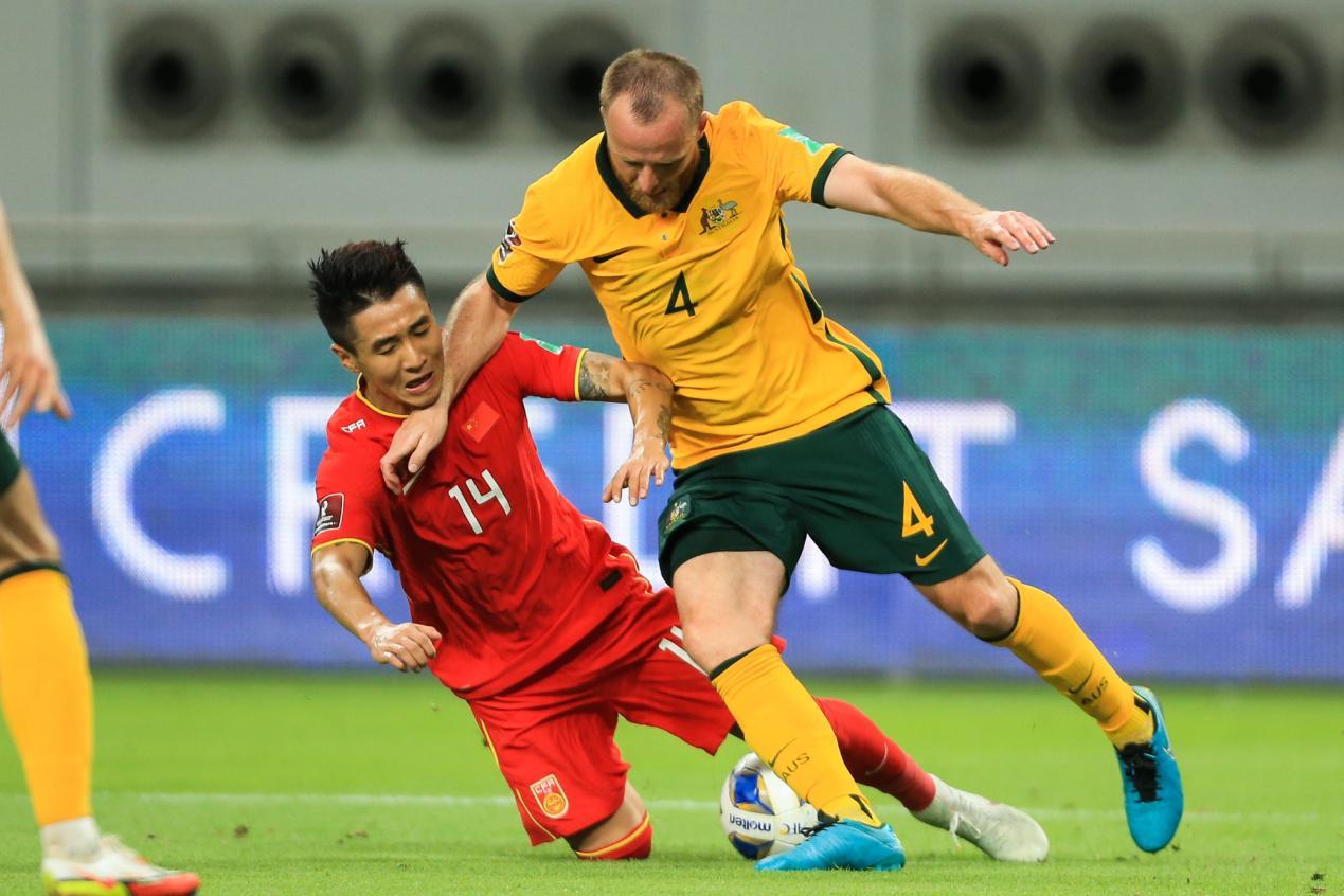同为0比1的比分告负,为何越南足球更多得到的是尊重?