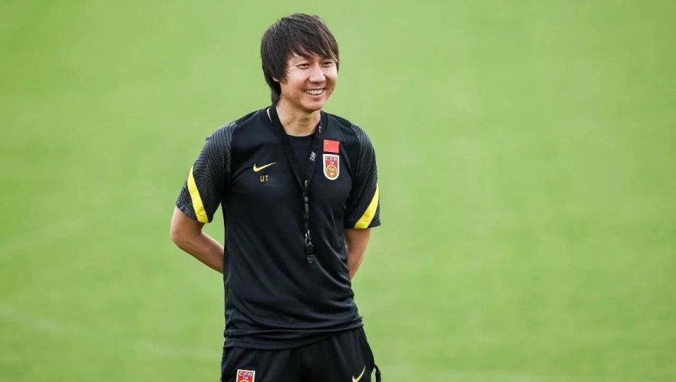 阿联酋拒绝国足热身,却接受越南队邀约,李铁:不取6分辞职走人