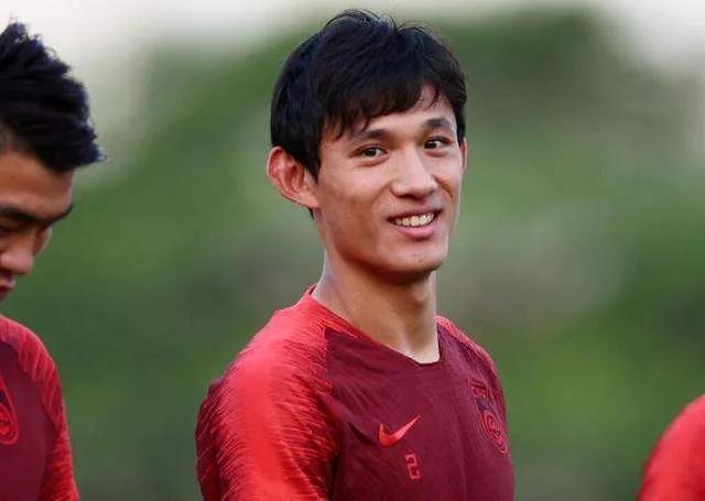 国足对越南不容有失,后卫线要攻强于守,张琳芃高准翼或被重用!
