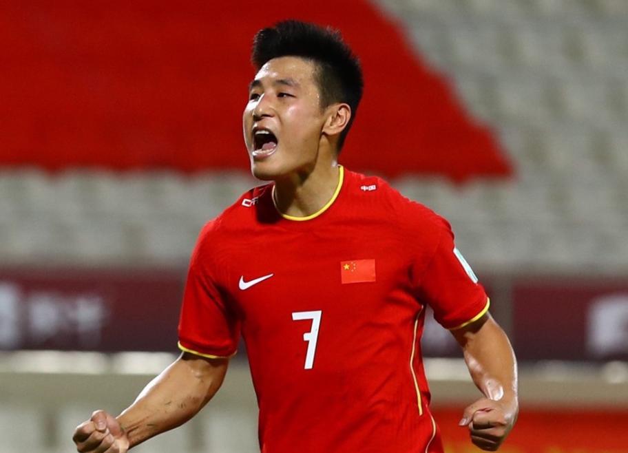 国足实力真的不如越南?阿联酋拒绝与国足踢热身赛,转身邀请越南