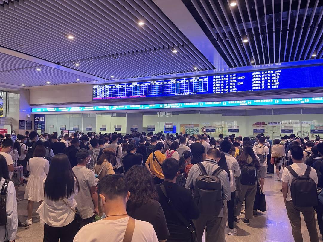 9月19日绵泸高铁列车逐步恢复