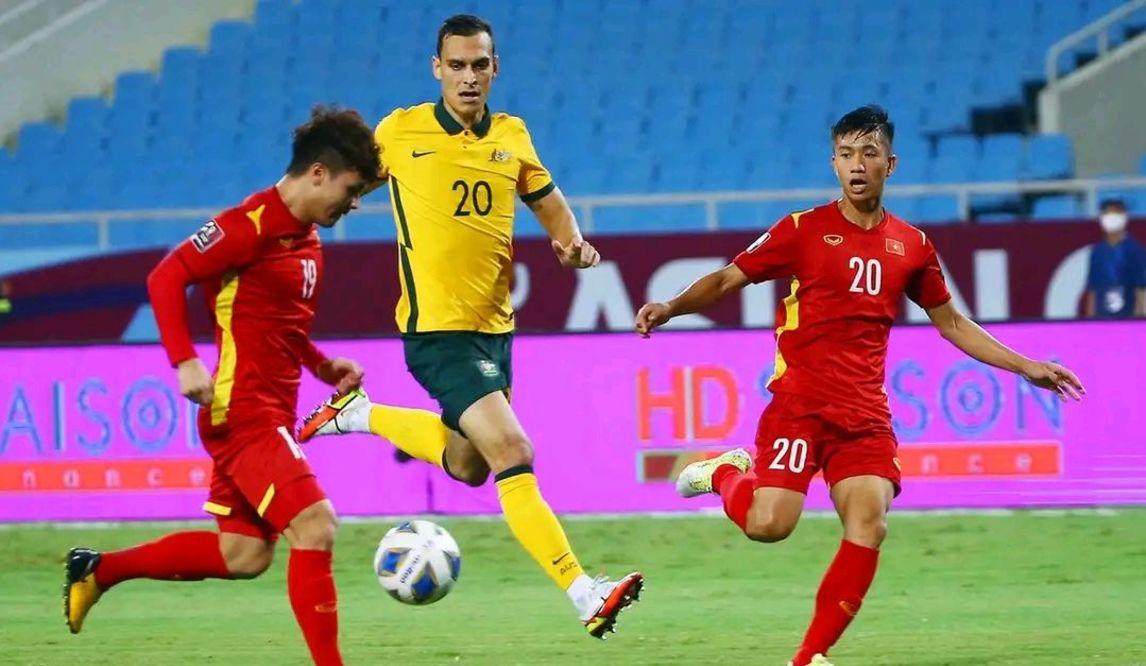 国足对阵越南队,是检验自身实力最好的方式,双方实力差距小