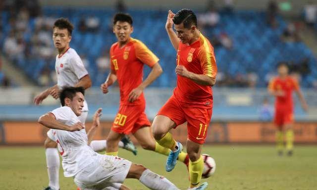 失策?国足精心挑选的主场或反倒让越南队受益,李铁压力更大了