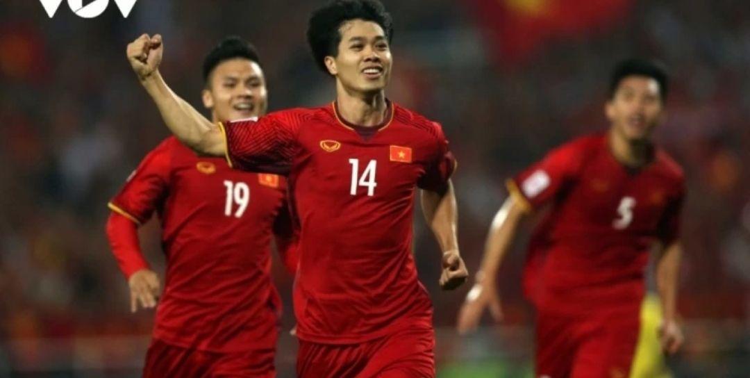 国足赢定了?好消息传来,国足下轮战胜越南队的概率为98.98%
