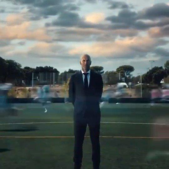 《FIFA 22》公开一段新宣传片,齐达内亮相……