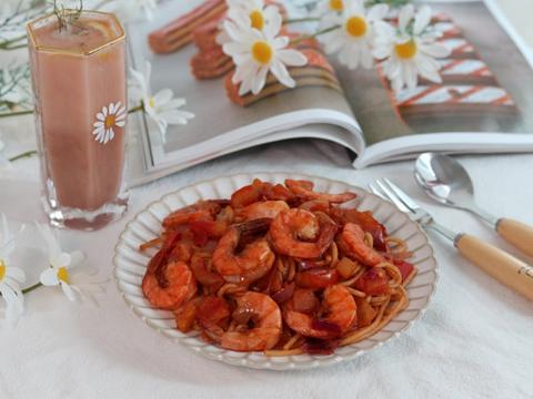 番茄虾仁意面,记忆中的那个味道,拿来做早餐再适合不过