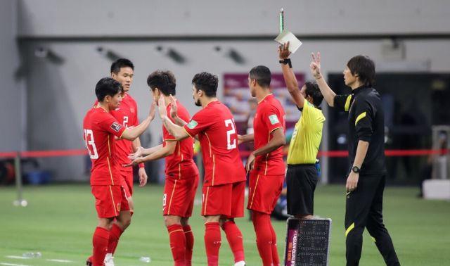 """剩30分钟体能!国足VS越南迎双重考验,武磊+8名国脚心态""""生变"""""""