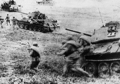 库尔斯克会战档案解密 德军第三装甲师俘虏供述仅剩30辆坦克