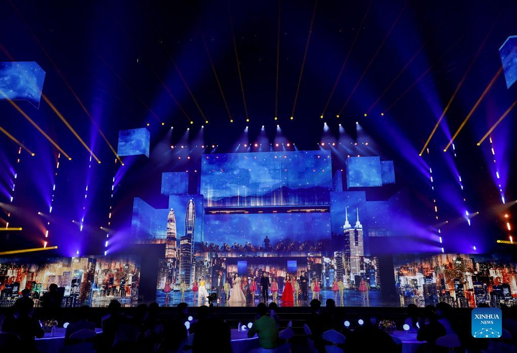 Photo taken on Sept. 21, 2021 shows the Mid-Autumn Festival Concert in the Greater Bay Area in Shenzhen, south China's Guangdong Province. (Xinhua)