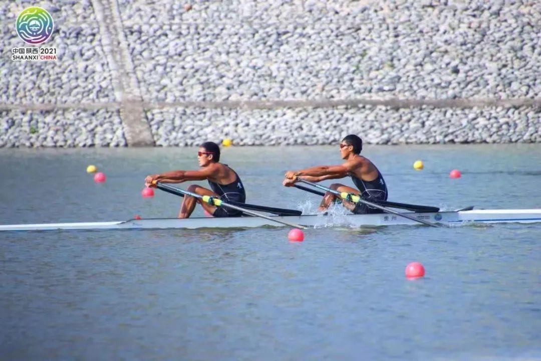 我校学子陈卫春、赵超勇夺第十四届全运会男子双人双桨银牌