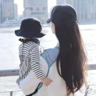 橘子晚报/唐嫣女儿正脸首曝光!票房三天两亿却被说是上海堡垒2.0?