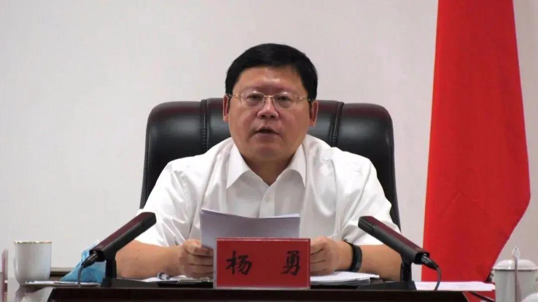 """获""""全国优秀县委书记""""称号2个多月后 他拟任市委副书记"""