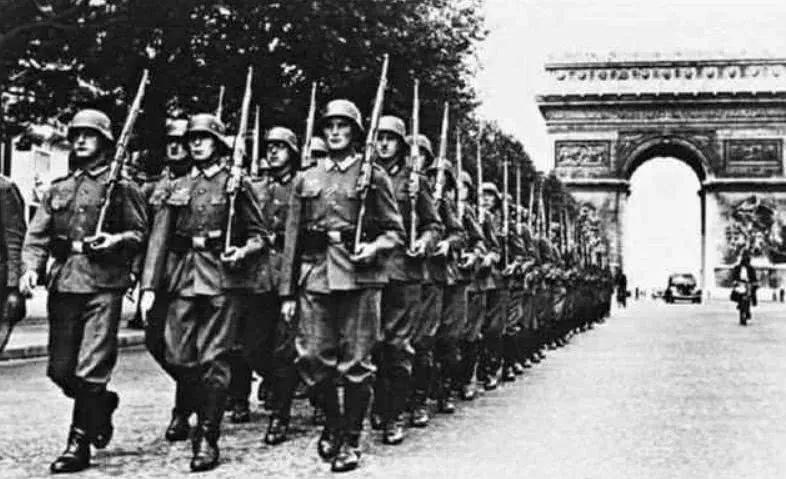 """法国,又这么快就""""投降""""了?"""