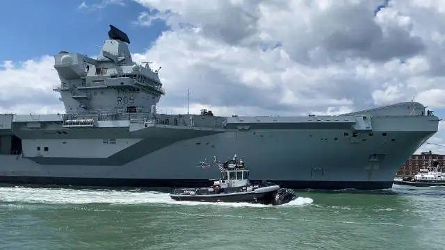 突发!英国最新航母与俄军舰冲突?