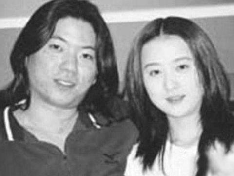 """2000年,筠子对母亲说""""高晓松把我卖了"""",随后穿红衣在婚房自杀"""