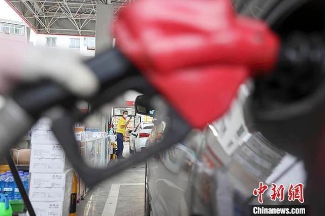 油价年内第十三涨 加一箱油多花13.5元