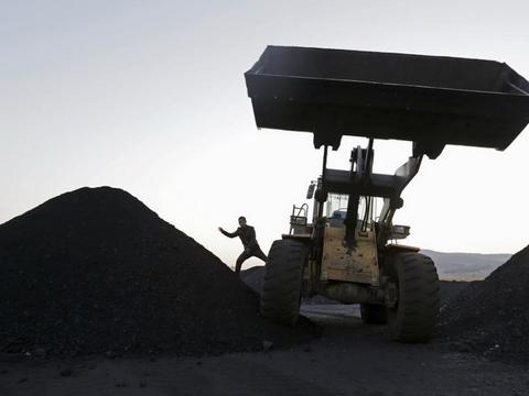 """煤炭股现跌停潮,""""煤超疯""""现象缓解了?"""