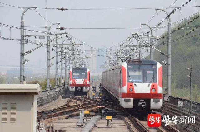 南京地铁2号线马群站 11月1日起跳站运营