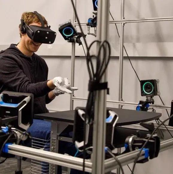 2021年,Facebook在VR、AR领域的投资额或将超过100亿美元