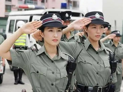 TVB现状惨淡:600位艺人领救济众人离巢,演出费低至300