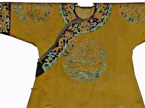 皇上的龙袍不让水洗,穿的时间长了,该如何解决?