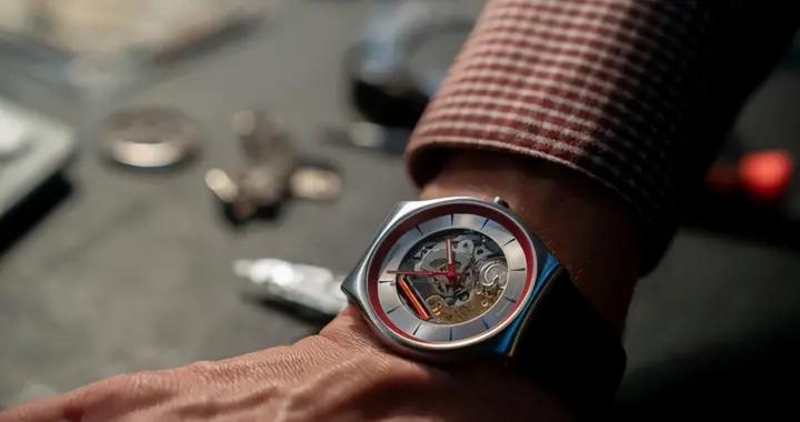 """""""几百块""""的""""手表小米"""",竟拯救了靠奢华扬名的瑞士制表业?"""