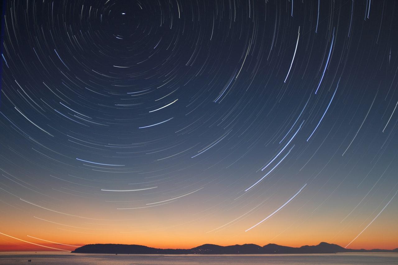 宇宙最新年龄出炉:137.7亿年