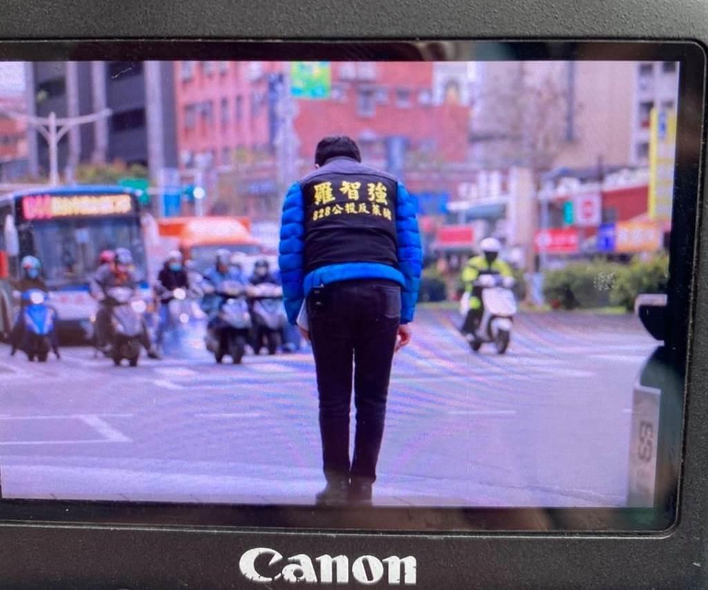 """岛内声量王不是韩国瑜 媒体人曝新一代""""蓝营空军总司令"""""""