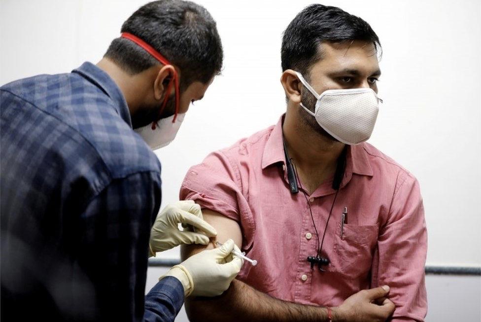 印媒惊人言论:差不多10亿印度人已经自然免疫