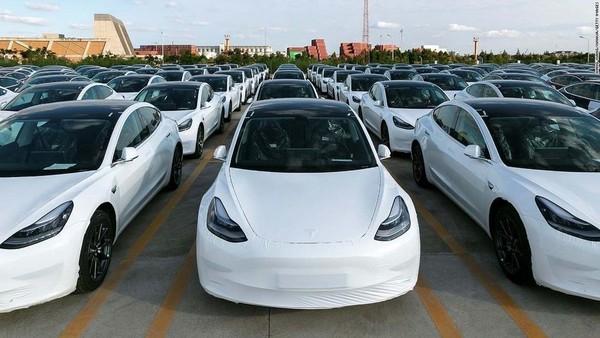 商务部:2020年新能源汽车产销量同比增7.5%和10.9%