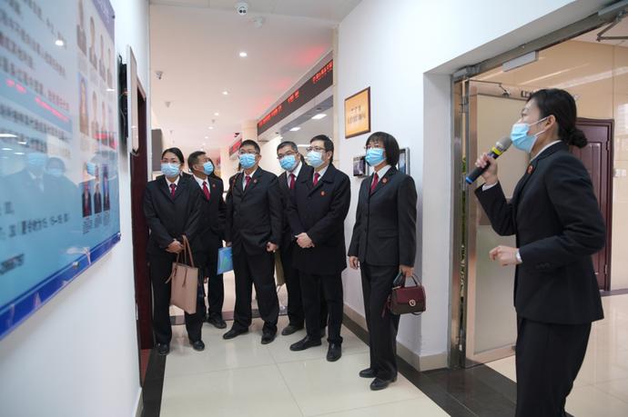 平南县法院到兴宁区法院交流学习一站式建设和分调裁审工作