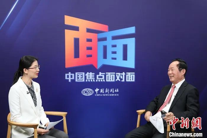 朱维群:中国中央政府在藏传佛教活佛转世事务中具最高权威