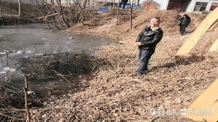菏泽曹县:三小孩抓鱼落水,村民吕贵山破冰救起,温暖了整个寒冬