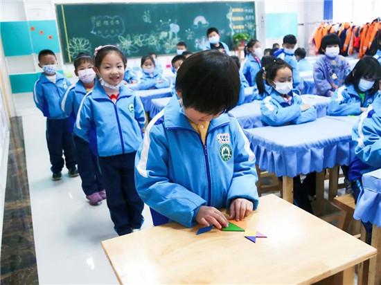 奎文区圣卓实验学校社团、校本课程学期成果学习展示