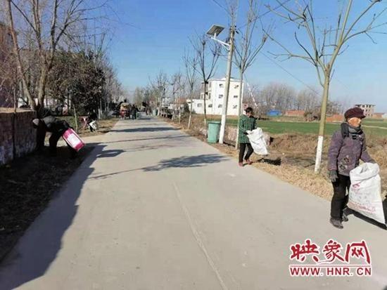 """新蔡县龙口镇持续实开展""""清洁家园""""活动"""