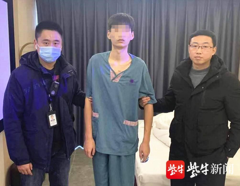 """23岁的他,连续两年生日当天被抓,收到民警送上的""""手镯""""生日礼物"""