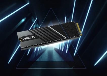技嘉发布新款PCIe 4.0 SSD:读取速度高达7GB/s,双热管散热