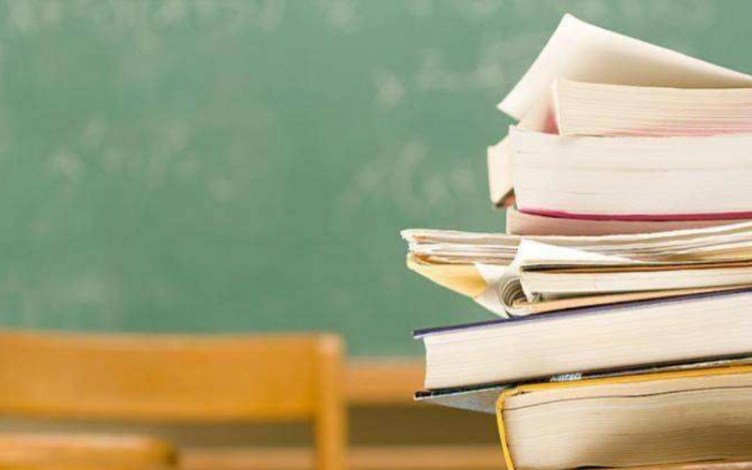 新京报:用化学方程式写评语 创意背后也是爱的教育