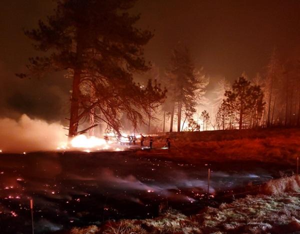 加州阵风以及破纪录的高温天气恐引发新一轮山火