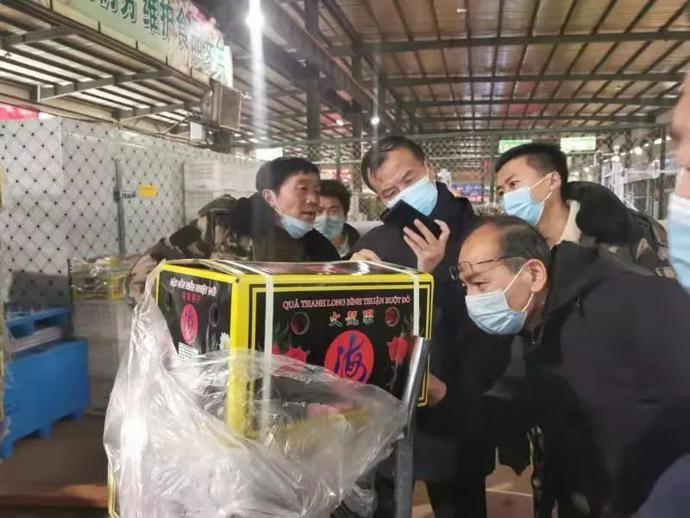 伊金霍洛旗市场监管综合行政执法大队开展进口冷链食品专项检查