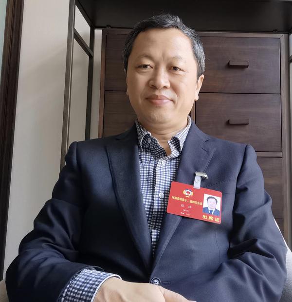 河南省政协委员张林:建议依托工信部门 建立由行业企业主导的产教融合对话机制