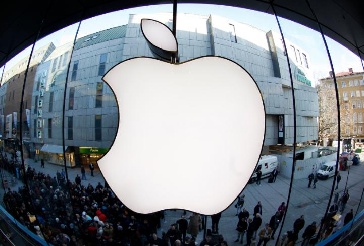 苹果承认iPhone12有问题,却在中国热销1800万台