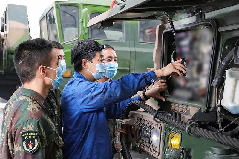 火箭军某部获中央军委表彰 东风16常年保持弹在架上