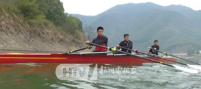 这个年,不回去了……他们把对千里之外家的思念,寄情于杭州这片山水之间