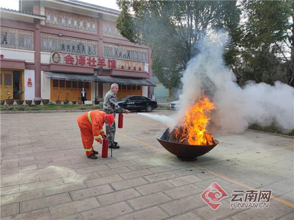 保护文物古建筑 昆明盘龙消防开展安全知识培训及应急疏散演练