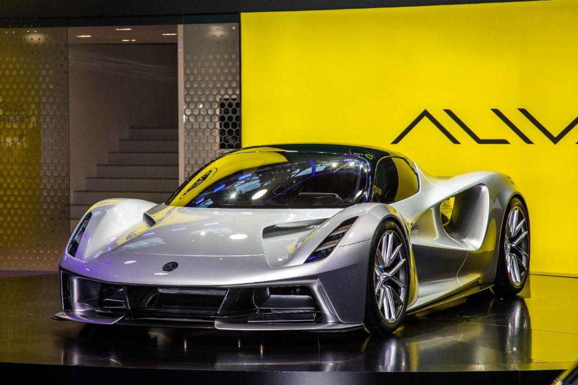 吉利旗下路特斯将国产,首款车与宝马X5相当,动力堪比兰博基尼