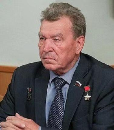 俄罗斯议员因新冠去世:曾指挥切尔诺贝利救援,荣获苏联英雄